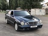 Mercedes-Benz E 320 1999 года за 2 750 000 тг. в Тараз – фото 3