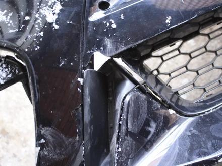 Передний бампер на x6 f16 оригинал, есть трещина 1830 за 40 000 тг. в Нур-Султан (Астана) – фото 4