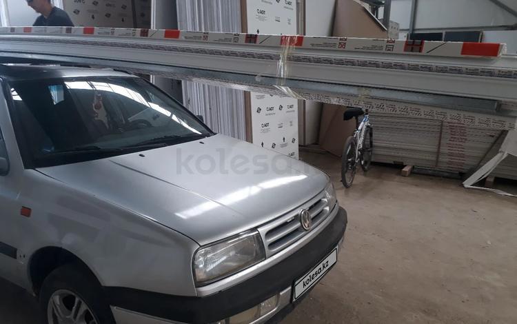 Volkswagen Vento 1994 года за 650 000 тг. в Атырау