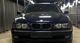 BMW 528 1997 года за 2 700 000 тг. в Алматы – фото 2