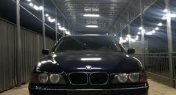 BMW 528 1997 года за 2 700 000 тг. в Алматы – фото 3