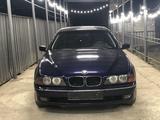 BMW 528 1997 года за 2 700 000 тг. в Алматы – фото 4