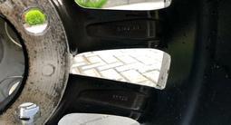 Резина с дисками Lexus 570 за 450 000 тг. в Алматы – фото 4