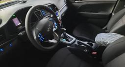 Hyundai Elantra 2019 года за 7 150 000 тг. в Алматы – фото 3