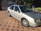Volkswagen Bora 2000 года за 1 900 000 тг. в Есик