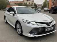 Toyota Camry 2018 года за 14 200 000 тг. в Актобе