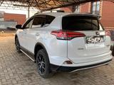 Toyota RAV 4 2019 года за 14 500 000 тг. в Уральск – фото 4