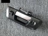 Задняя ручка на крышку багажника с отверстием под камеру. Хром… за 25 000 тг. в Алматы – фото 2