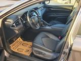 Toyota Camry 2019 года за 11 100 000 тг. в Актау – фото 3