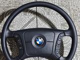 Руль на BMW Бмв за 45 000 тг. в Усть-Каменогорск