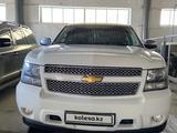 Chevrolet Tahoe 2012 года за 8 000 000 тг. в Актобе