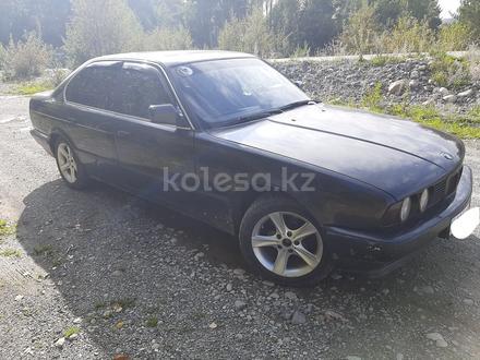 BMW 520 1990 года за 1 200 000 тг. в Риддер – фото 3