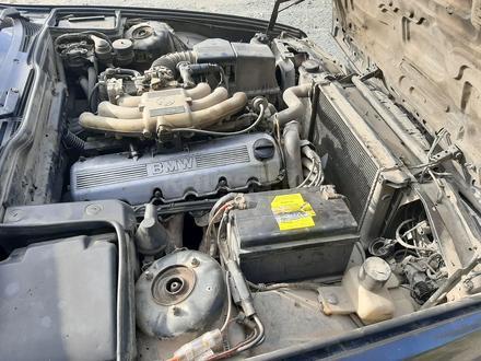 BMW 520 1990 года за 1 200 000 тг. в Риддер – фото 6