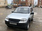 Chevrolet Niva 2012 года за 1 700 000 тг. в Атырау – фото 3
