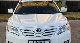 Toyota Camry 2010 года за 6 100 000 тг. в Шымкент