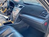 Toyota Camry 2006 года за 3 500 000 тг. в Жанаозен – фото 3