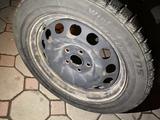 Комплект дисков с шинами. за 65 000 тг. в Алматы – фото 4