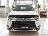 Mitsubishi Outlander 2019 года за 14 254 985 тг. в Уральск – фото 2