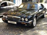 Jaguar XJ 2000 года за 4 000 000 тг. в Алматы – фото 5