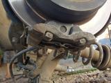 Тормозные суппорта лексус IS-250 год 2008 за 20 000 тг. в Актобе – фото 3