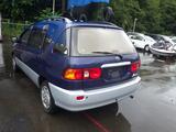 Toyota Ipsum 1998 года за 3 000 000 тг. в Владивосток – фото 2