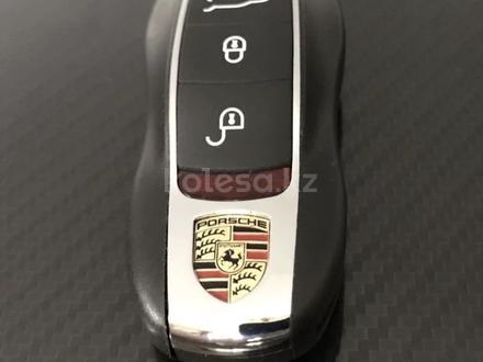 Смарт ключ smart key брелок Porsche Panamera за 50 000 тг. в Алматы