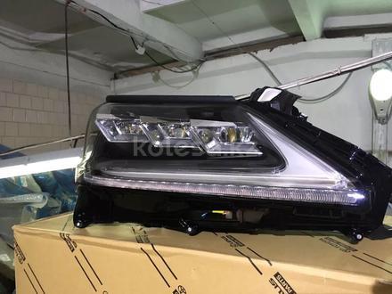 Фара правая Lexus LX 570 за 999 тг. в Алматы