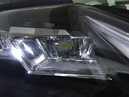 Фара правая Lexus LX 570 за 999 тг. в Алматы – фото 3