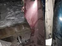 Крыло скорпио за 10 000 тг. в Темиртау
