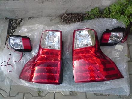 Задние фонари диодные в стиле GX на Прадо 150! Аналог… за 70 000 тг. в Алматы – фото 2