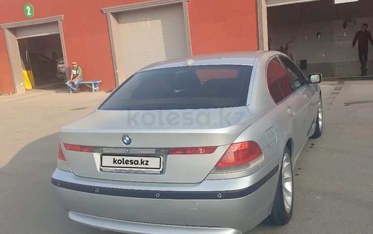 BMW 745 2002 года за 1 980 000 тг. в Актау