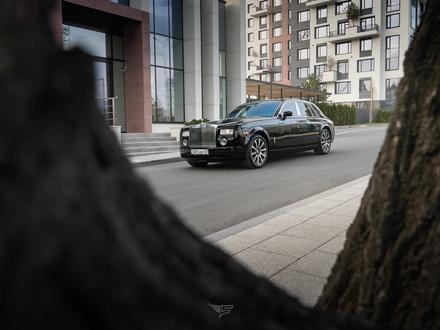 Rolls-Royce Phantom 2003 года за 42 500 000 тг. в Алматы – фото 5
