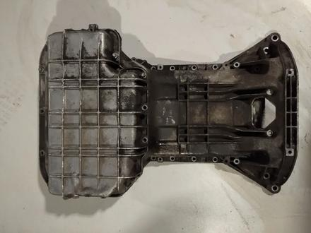 Поддон на mercedes 112 двигатель за 15 000 тг. в Караганда
