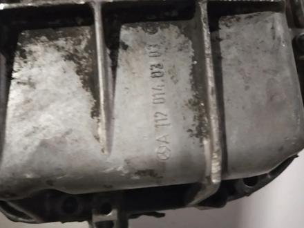 Поддон на mercedes 112 двигатель за 15 000 тг. в Караганда – фото 3
