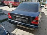 Mercedes-Benz C 220 1996 года за 2 200 000 тг. в Шымкент – фото 4