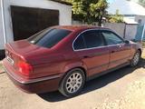 BMW 528 1997 года за 2 300 000 тг. в Шу – фото 3