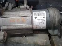 Моторчик раздатки на Touareg 3.2 4.2 за 60 000 тг. в Алматы