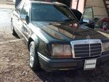 Mercedes-Benz E 200 1992 года за 1 200 000 тг. в Шымкент – фото 4