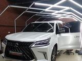 Lexus LX 570 2019 года за 44 500 000 тг. в Актобе – фото 3