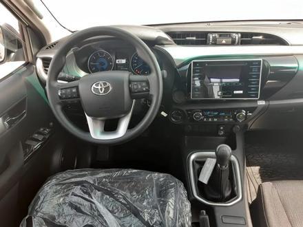Toyota Hilux 2019 года за 17 000 000 тг. в Актау – фото 4