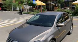 Volkswagen Passat 2011 года за 4 700 000 тг. в Алматы