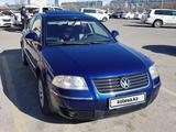 Volkswagen Passat 2004 года за 2 500 000 тг. в Актау – фото 3