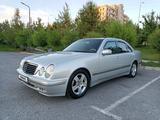 Mercedes-Benz E 220 2001 года за 3 500 000 тг. в Шымкент