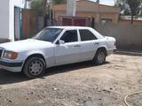 Mercedes-Benz E 200 1989 года за 950 000 тг. в Кызылорда – фото 2