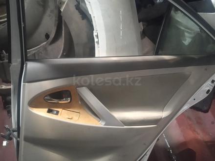 Двери Toyota Camry 40 за 55 000 тг. в Шымкент – фото 2
