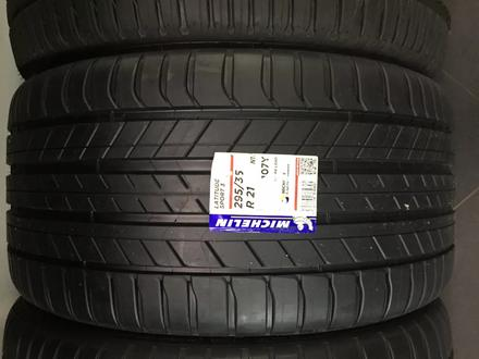 Шины Michelin 295/35r21 Latitude sport3 за 123 000 тг. в Алматы