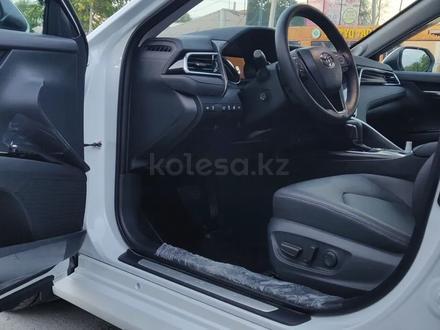 Toyota Camry 2019 года за 14 100 000 тг. в Шымкент – фото 6