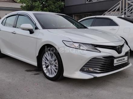 Toyota Camry 2019 года за 14 100 000 тг. в Шымкент – фото 3