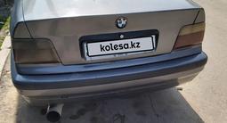 BMW 318 1991 года за 750 000 тг. в Алматы – фото 3