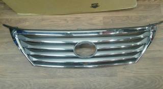 Решетка радиатора на Lexus LX570, б/у оригинал за 40 000 тг. в Алматы